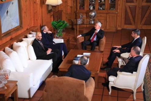 فرنجية يستقبل السفير البريطاني في لبنان كريس رامبلنغ