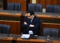 hassan-diab-lonely-at-parliament