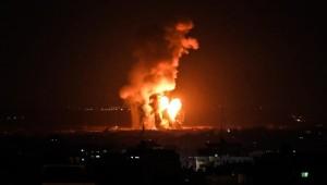 """التطورات في غزة: نتنياهو يقرر توسيع الضربات على غزة والمقاومة تطلق رشقات من الصواريخ و""""حماس"""" تتوعد"""