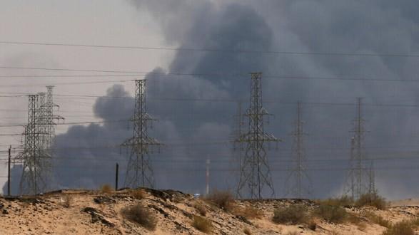 """الحوثيون يعلنون استهداف منشآت """"أرامكو"""" وأهدافا حساسة أخرى في السعودية"""