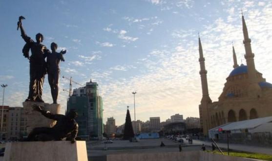 """إشكال بين مناصري """"المستقبل"""" وبعض المتظاهرين في ساحة الشهداء"""