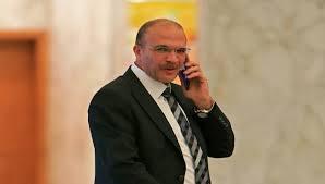 وزير الصحة: سأتوجه الى مستشفى الحريري لأشخّص الحالة