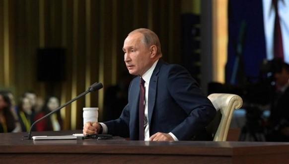 بوتين يعلن عن سلسلة إجراءات استثنائية لمواجهة فيروس كورونا