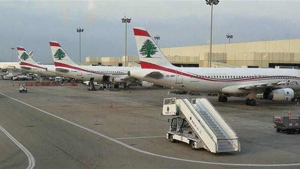 """مغتربون لبنانيون يعربون عن استيائهم من تقاعس الدولة لإعادتهم: """"وين منروح؟"""""""